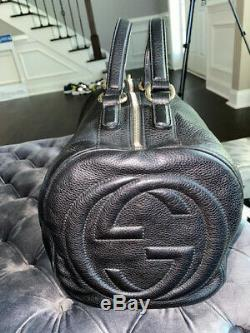 Pre-owned Authentic Black Genuine Leather Gucci Soho Boston Bag